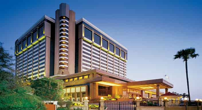 hotel-taj-lands-end-full-body-massage-mumbai